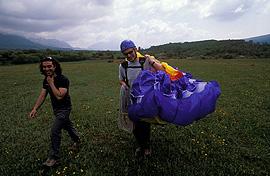 Vuelos en parapente a motor biplaza en Àger, OFERTA Lleida. 2